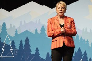Salesforce World Tour 2017 Carolyne Burns SMB Keynote Speaker